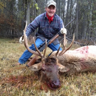Senator Jim Risch (CSC Co-Chair) elk hunting