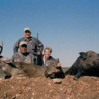Congressman Bennie Thompson (MS) hunting in Texas (middle)