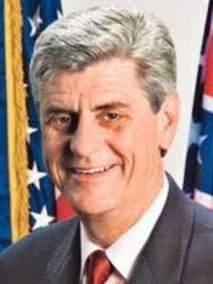 Vice-Chair: Gov. Phil Bryant (MS)