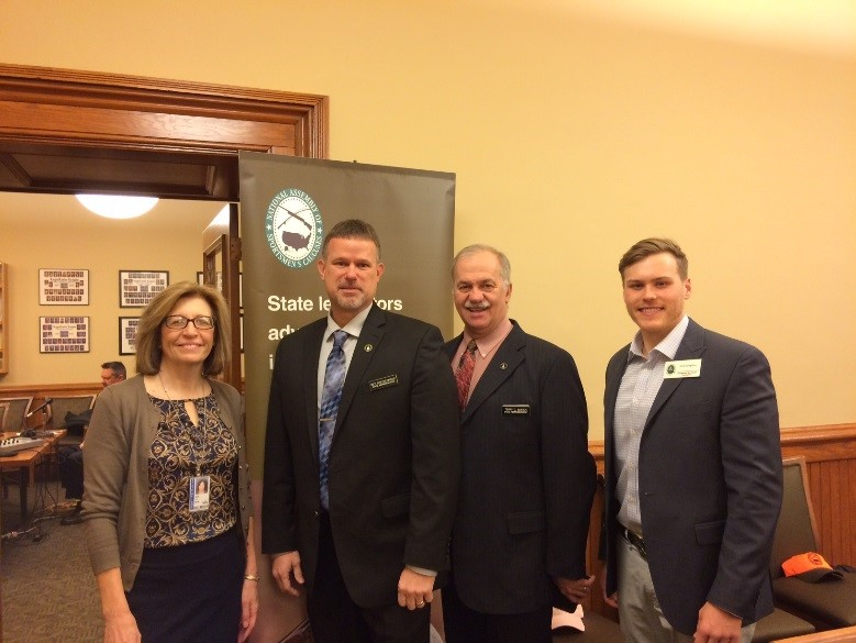Iowa: Caucus Hosts Breakfast in the Capitol, Welcomes New Co-Chairs